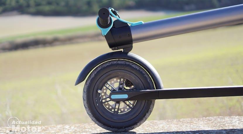 Sistema de plegado de patinete Cecotec