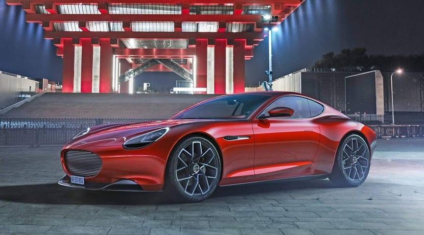Frontal del Piëch Mark Zero Electric GT rojo