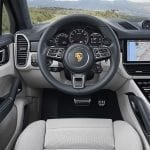Puesto conducción Porsche Cayenne Coupé