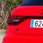 detalle emblema negro Prueba Audi A1 30 TFSI S tronic 116 CV