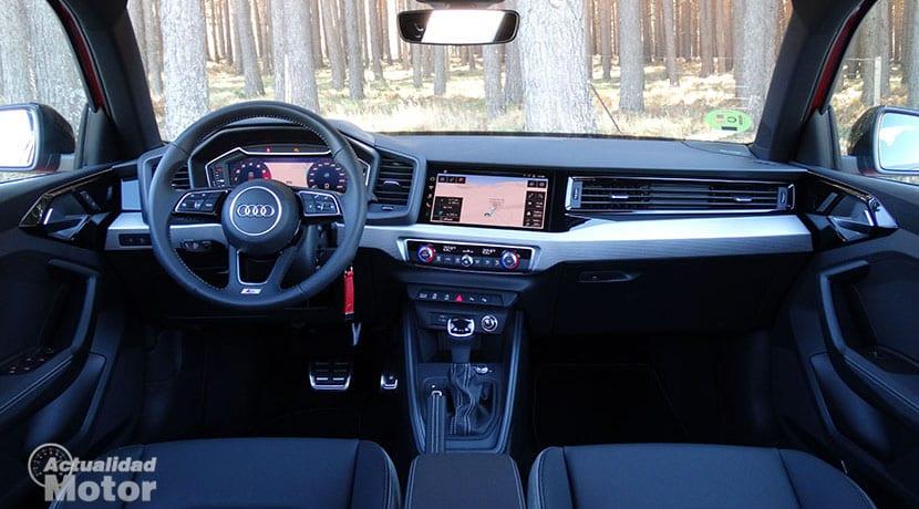 Diseño salpicadero Audi A1