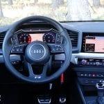 Prueba Audi A1 30 TFSI S tronic 116 CV volante y mandos