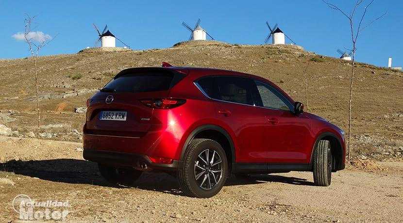 Prueba Mazda CX-5 perfil trasero