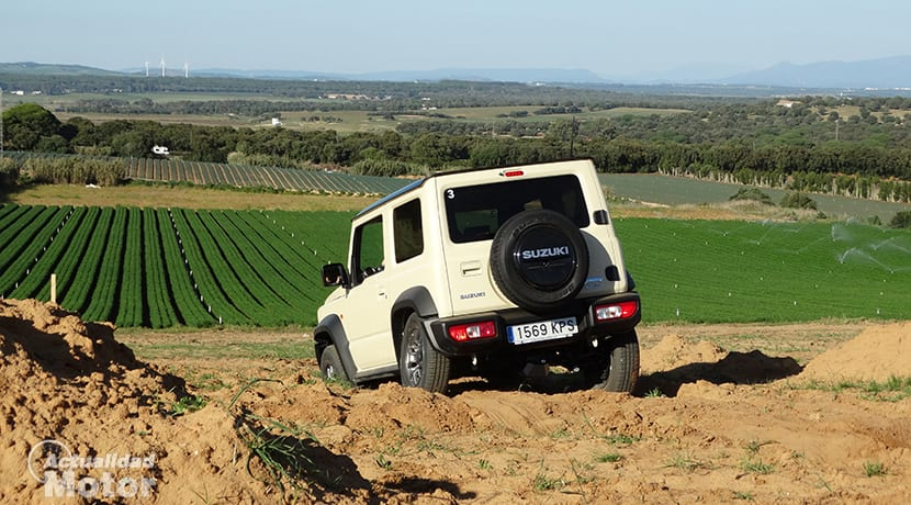 Suzuki Jimny todo terreno
