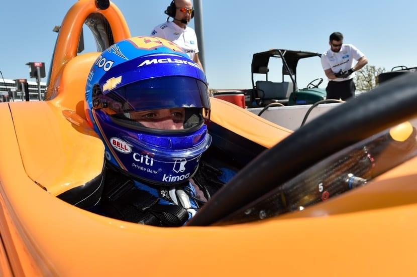 Alonso en el cockpit