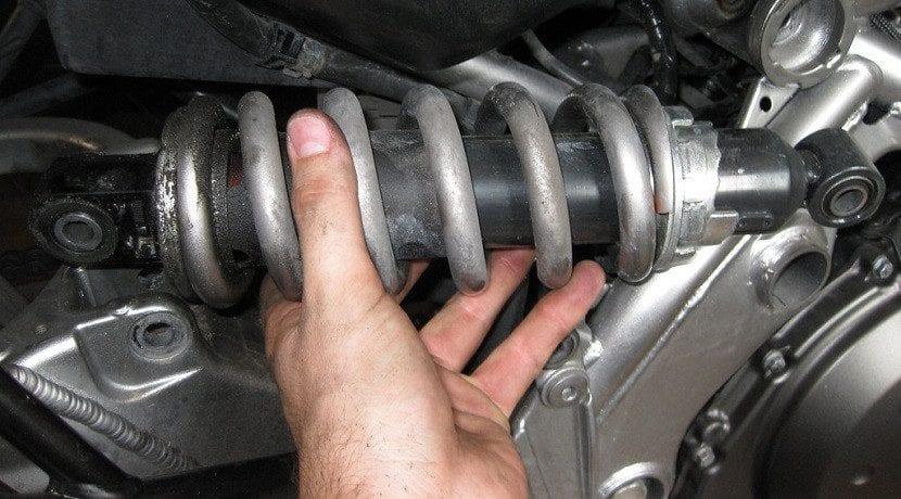 Amortiguadores de un coche