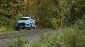 Cómo saltar con el coche Ford Focus RS