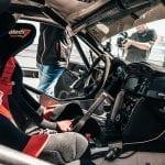 Interior del Toyota GT86 N3 de competición en Toyota Gazoo Racing Experience