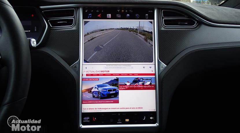Pantalla del Tesla Model X