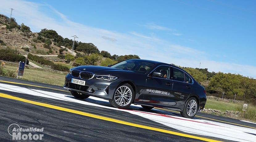 Perfil delantero BMW 320d prueba