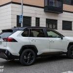 Toyota Rav4 2019 220H 4x2 Feel! en la prueba por ciudad