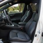 Plazas delanteras del Toyota Rav4 2019 220H 4x2 Feel!