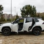 Apertura de puertas del Toyota Rav4 2019 220H 4x2 Feel!