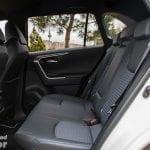 Plazas traseras del Toyota Rav4 2019 220H 4x2 Feel! en la prueba