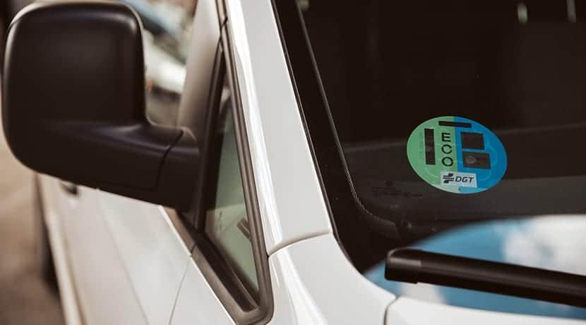 Pegatina Eco DGT en Volkswagen Caddy GNC