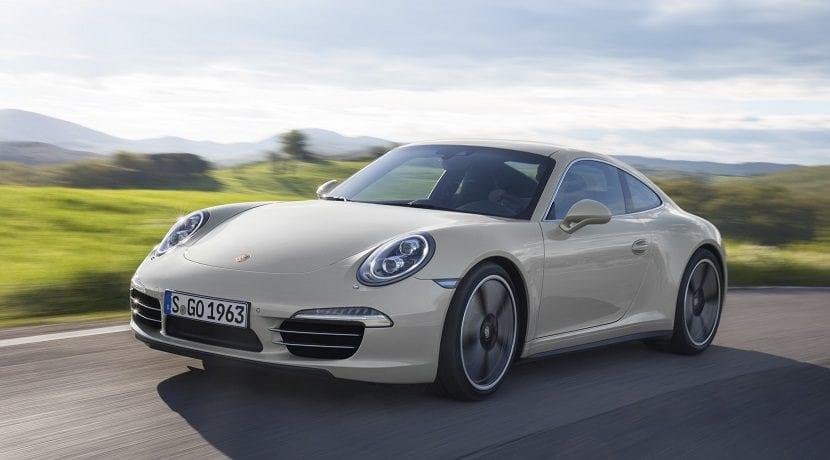 La transmisión del coche envía la potencia del motor hasta las ruedas
