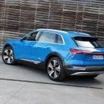 Prueba Audi e-tron perfil parte trasera