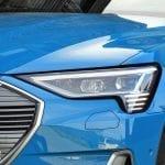 Prueba Audi e-tron faros