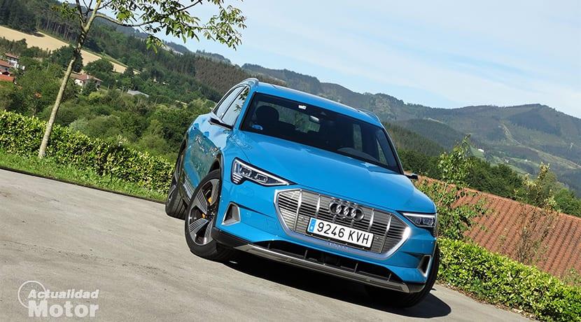 Prueba Audi e-tron frontal