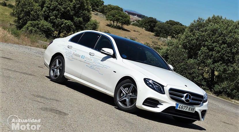 Prueba Mercedes-Benz E 300 de híbrido diésel