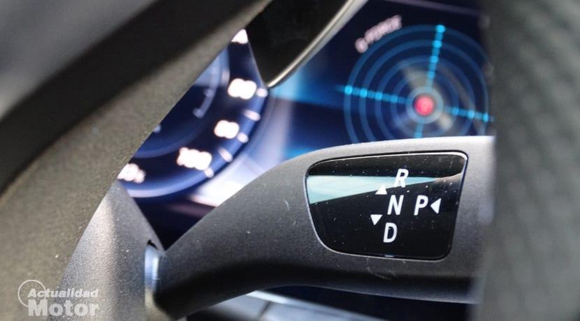 Prueba Mercedes-Benz E 300 selector palanca de cambios