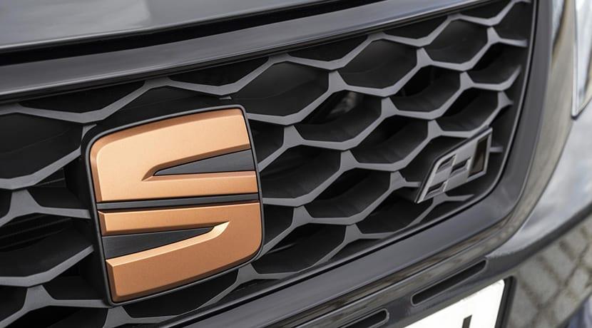 Logo Seat León ST Cupra R