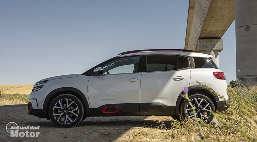 C5 Aircross Lateral