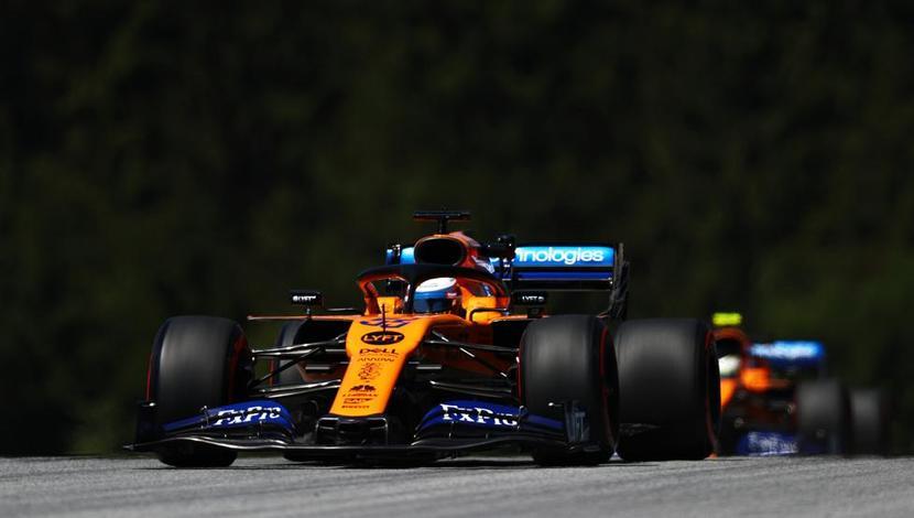 2 McLaren MCL34