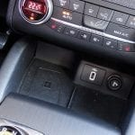 Prueba Ford Focus superficie carga inalámbrica