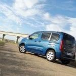 Perfil trasero del Opel Combo