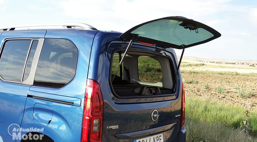 Prueba Opel Combo luna trasera practicable