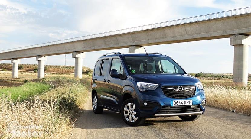 Prueba Opel Combo Life 130 perfil delantero