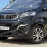 Prueba Peugeot Traveller VIP detalle del frontal