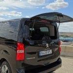 Prueba Peugeot Traveller VIP luneta abatible