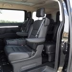 Prueba Peugeot Traveller VIP acceso
