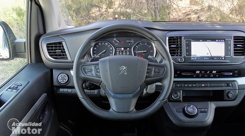 Puesto de conducción Peugeot Traveller