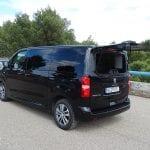 Prueba Peugeot Traveller VIP 180 perfil trasero