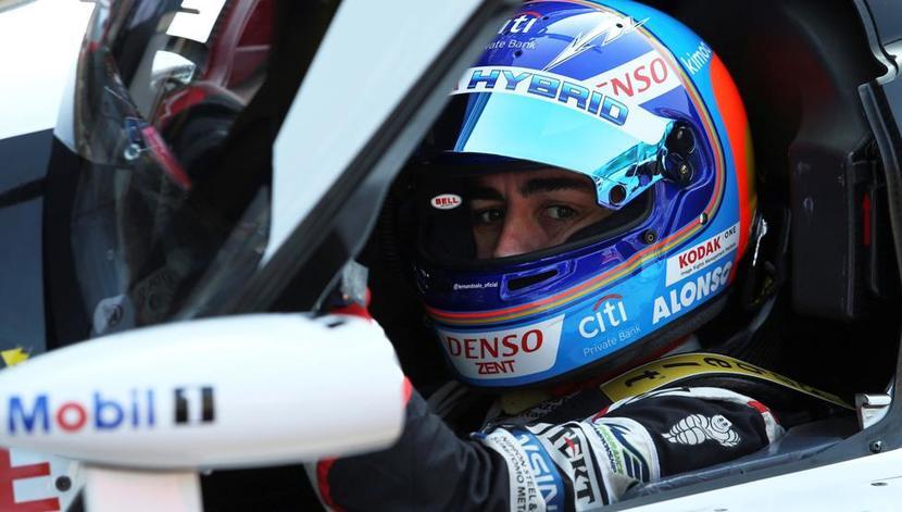 Alonso en el Toyota TS050