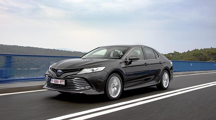 Toyota Camry dinámica