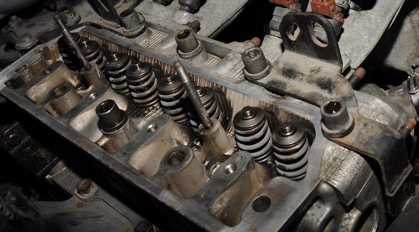Accionamiento de las válvulas de un motor
