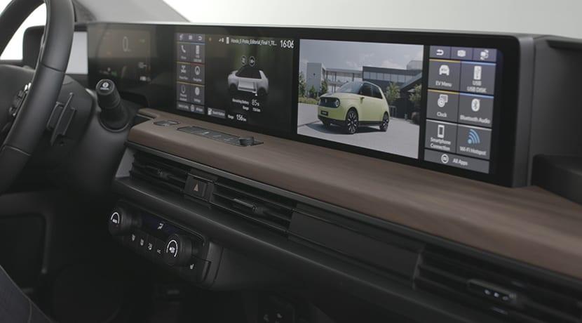 Diseño pantallas centrales del Honda e
