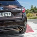 Prueba Toyota Corolla Touring Sports detalle pilotos traseros