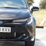 Prueba Toyota Corolla Touring Sports faros de LED