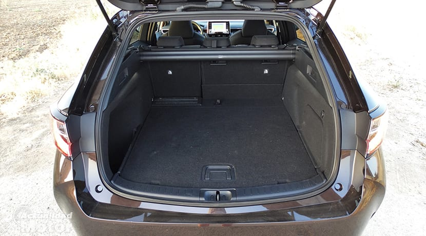 Prueba Toyota Corolla familiar maletero