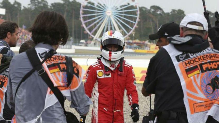 Vettel fuera del coche en Alemania