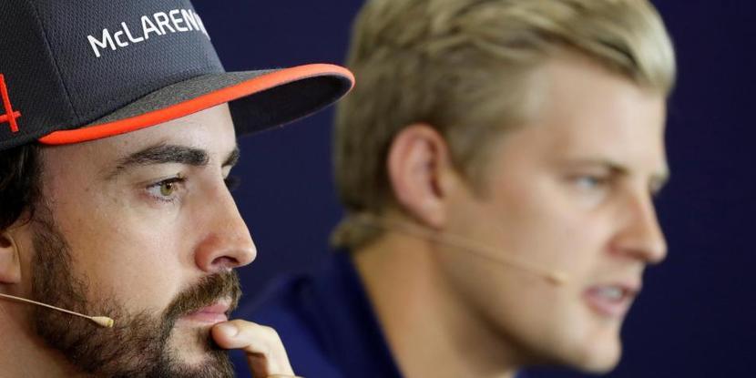 Fernando Alonso y Marcus Ericsson