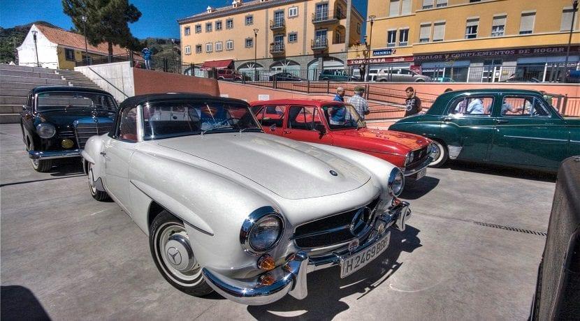 Exposición de coches históricos