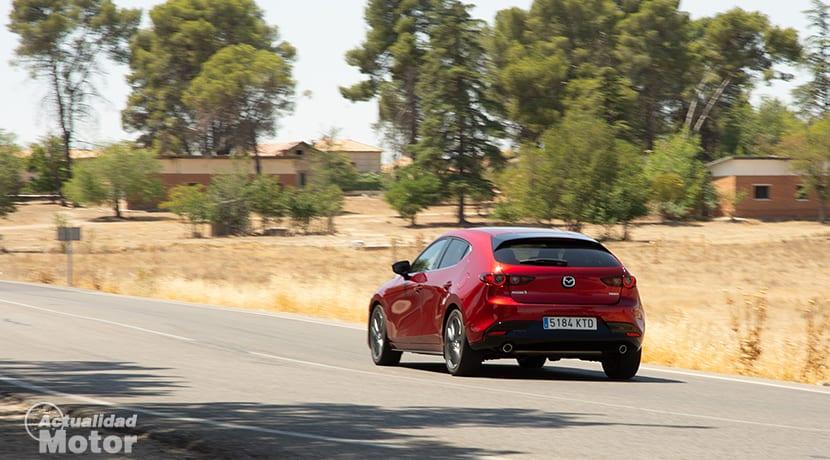 Prueba Mazda3 2.0 gasolina 122 CV comportamiento dinámico