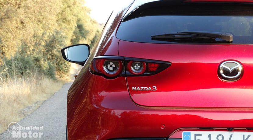 Detalle trasero Mazda3