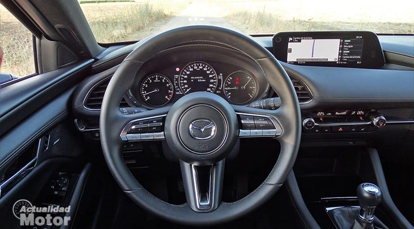 Puesto de conducción del Mazda3